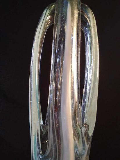 """Lovely 7"""" Blue and White Art Glass Sculpture"""