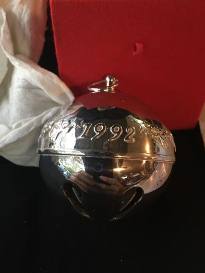 1992 Wallace Silversmiths Christmas Bell