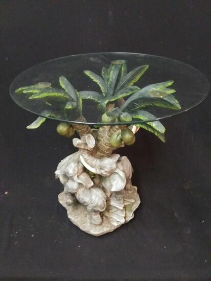 Very nice elephant tropical Style side table, glass top, very strong