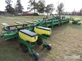 1720 JOHN DEERE 16 ROW PLANTER