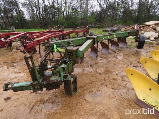 2600 John Deere Plow