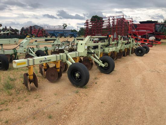 905 ORTHMAN BAR WITH AMCO HIPPERS