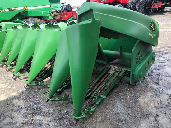 694 JOHN DEERE CORN HEAD