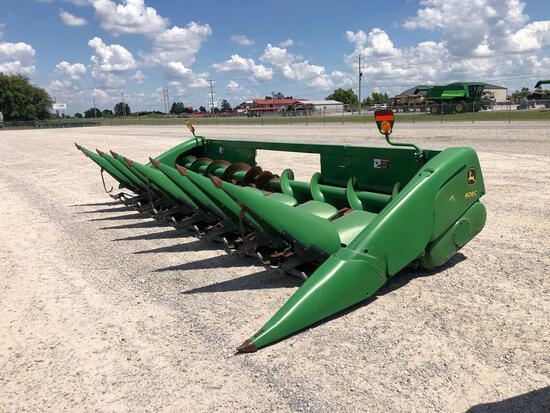 608C JOHN DEERE CORN HEAD