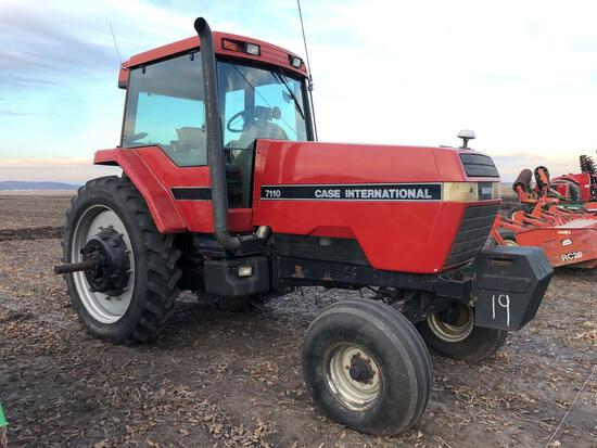 7110 Case IH Tractor