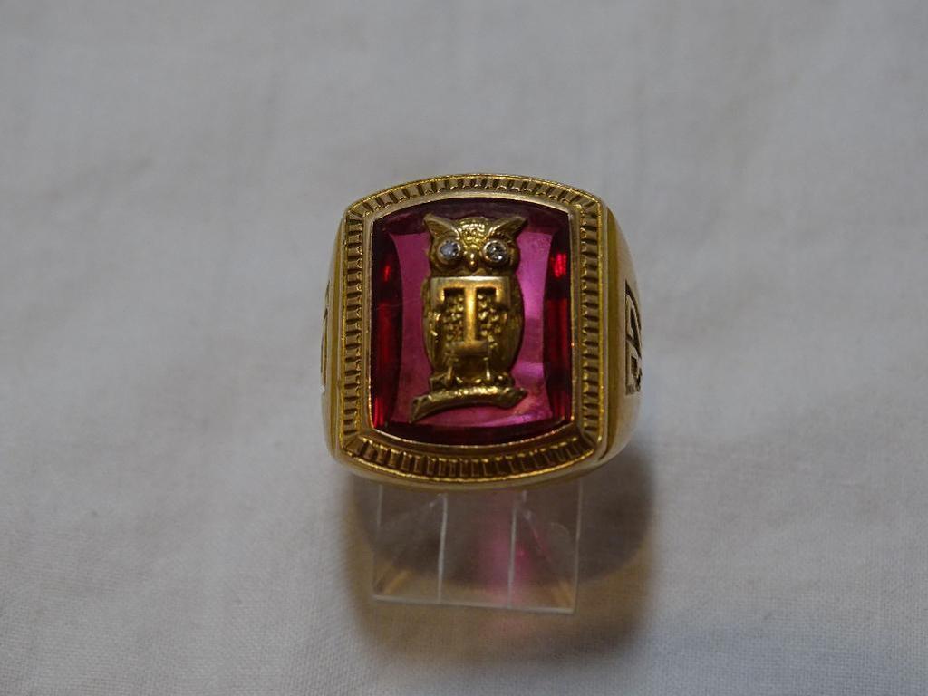1932 Temple University Ring