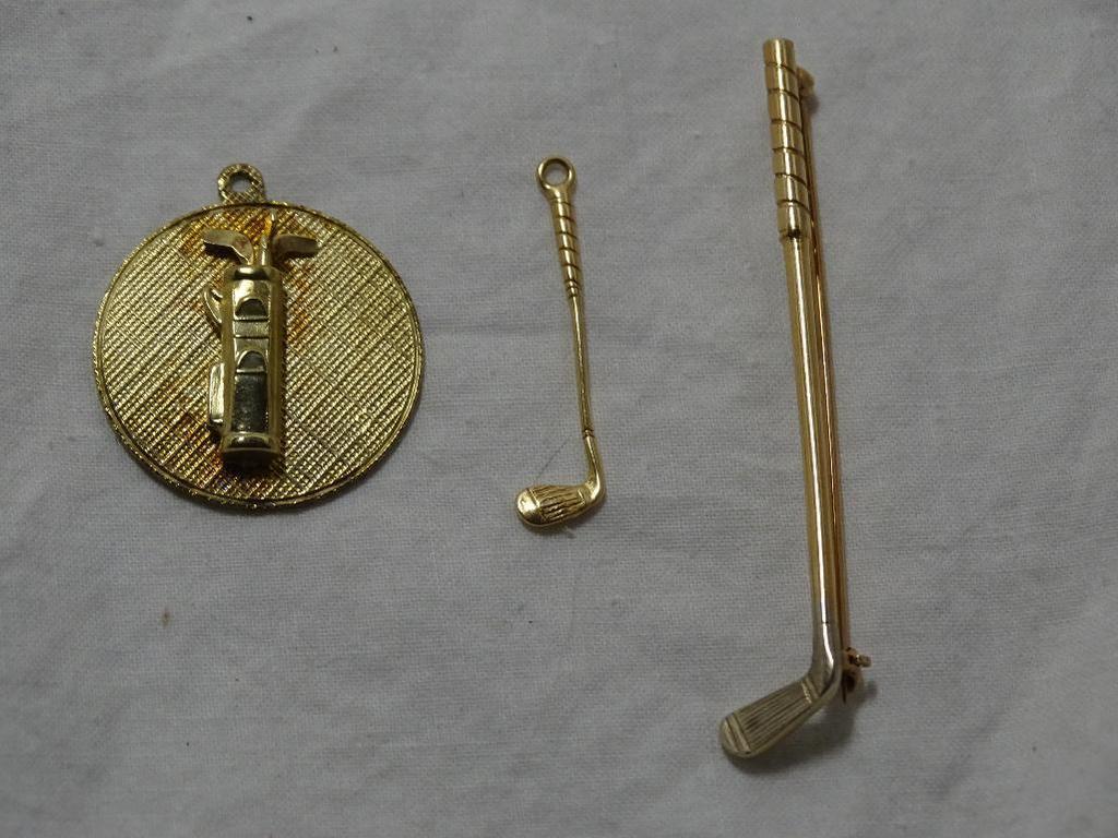Gold Golf Motif Lot