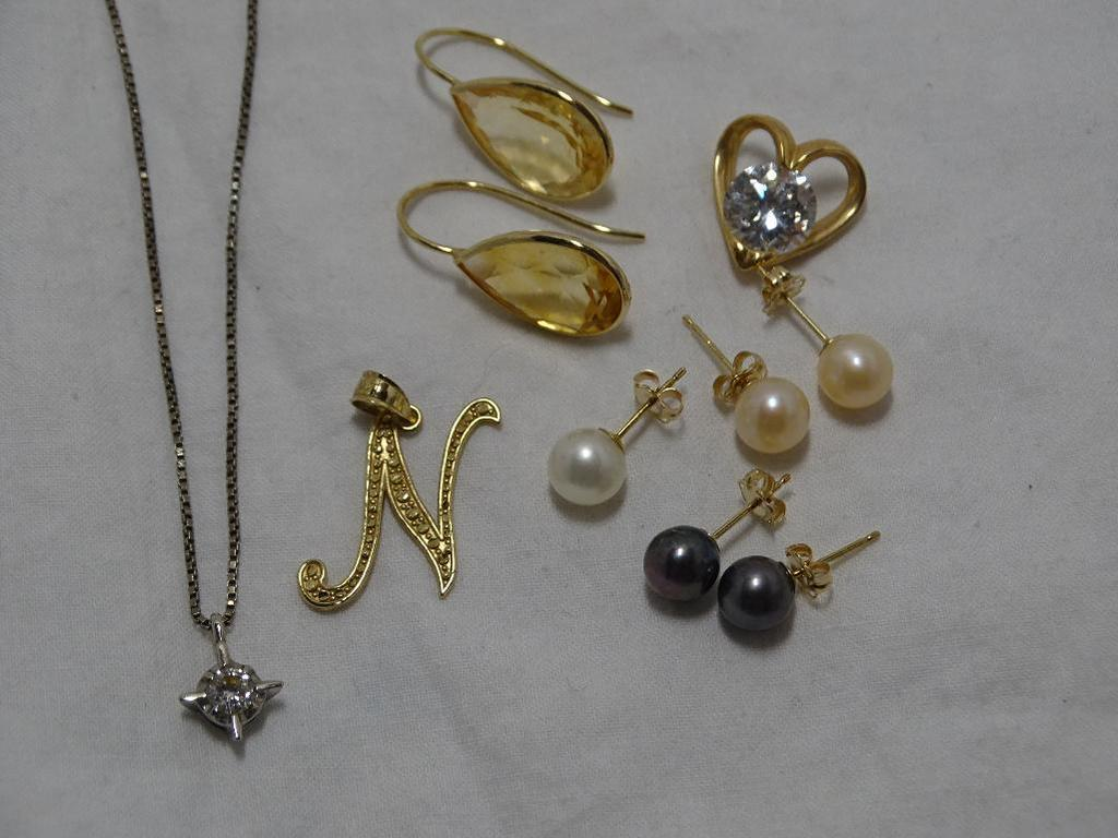 Misc. Gold and Gemstones