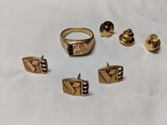 Gold men's jewerly