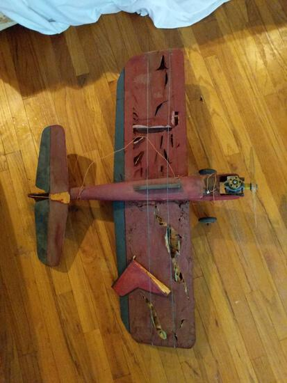 Home-made Airplane, Paper and Wood Construction