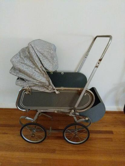 Vintage Baby Carriage with Reclining Back and Removable Top