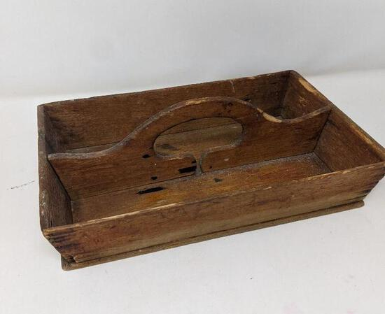 Handled Wooden Caddy