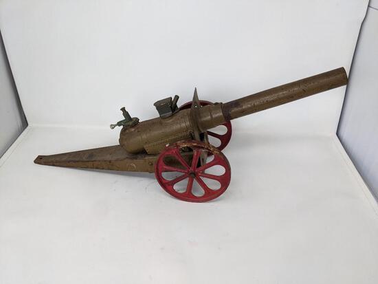 Replica of WWI Field Cannon