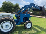 Ford 1000 Tractor na