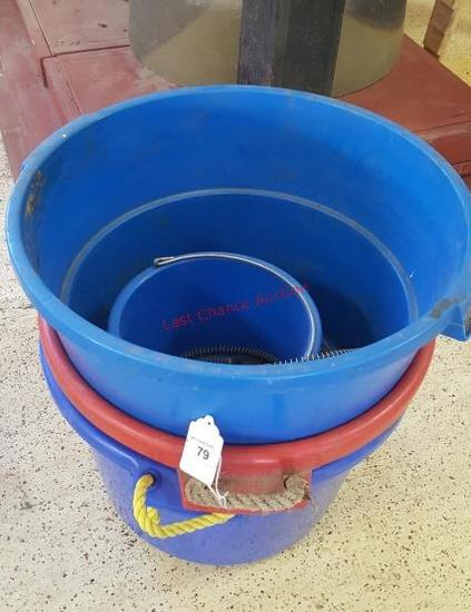 Feed Tubs & Electric Water Bucket