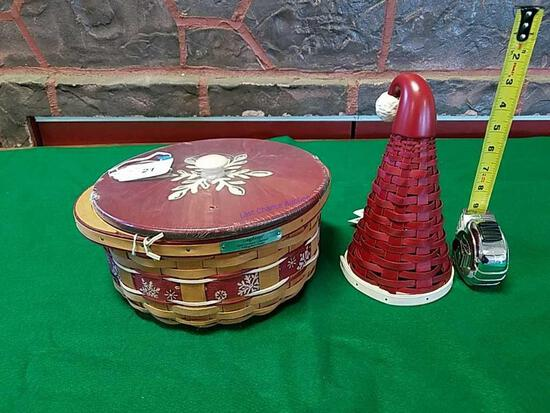 Longaberger 2010 Christmas basket & Santa hat