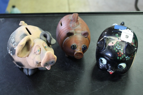 Lot of 3 Piggy Banks