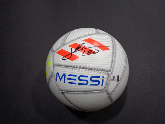 Lionel Messi F.C. Barcelona Autographed Adidas MESSI Soccer Ball w/GA coa