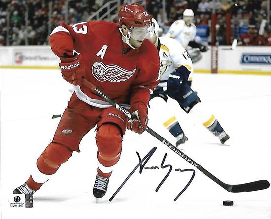 Pavel Datsyuk Detroit Red Wings Autographed 8x10 Photo w/GA coa