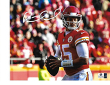 Patrick Mahomes Kansas City Chiefs Autographed 8x10 Passing Photo w/GA coa