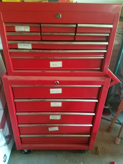 2pc tool chest one wheels with contents