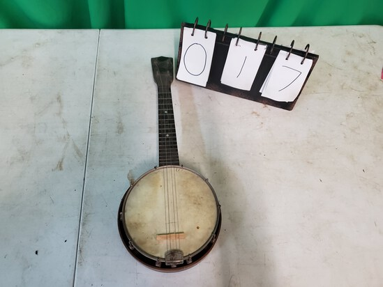 Miniature 4 string Banjo