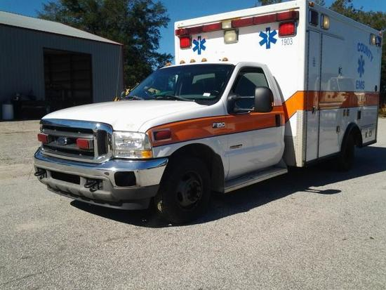 2004 Ford F-350 XLT SUPER DUTY AMBULANCE, VIN # 1FDWF36P44EC02536
