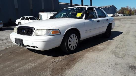 2008 Ford Crown Victoria Passenger Car, VIN # 2FAFP71V68X158984
