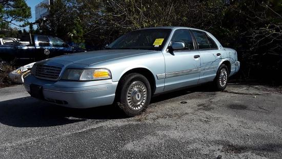 2002 Ford Crown Victoria Passenger Car, VIN # 2FAFP71W42X132030