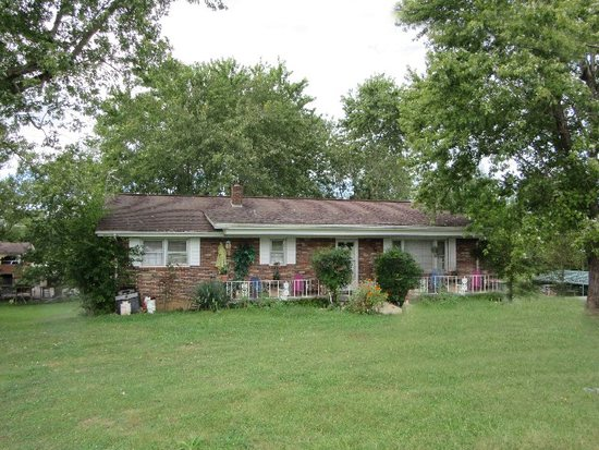 SALE 4E - Single Family Home