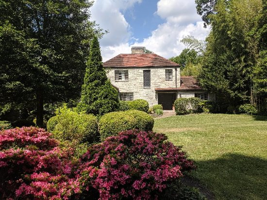 Real Estate Auction-Sequoyah Hills, Knoxville, TN