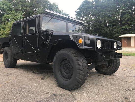 1986 AMGN M998 Hummer