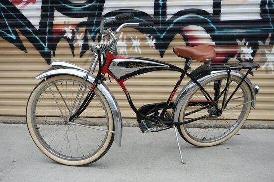 Schwinn Black Phantom Bicycle (1)