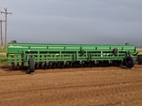 GREAT PLAINS 2700 WHEAT DRILL W/ GW