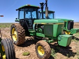 JOHN DEERE 4440 TRACTOR, POWERSHIFT TRANS, 2 SCV'S, SHOWING 2871 HRS, S/N-4440P 049360R