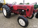 International B414 Tractor