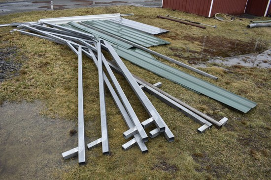 Aluminum Trusses and Siding for Building