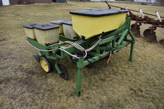 John Deere 3 Row Corn Planter