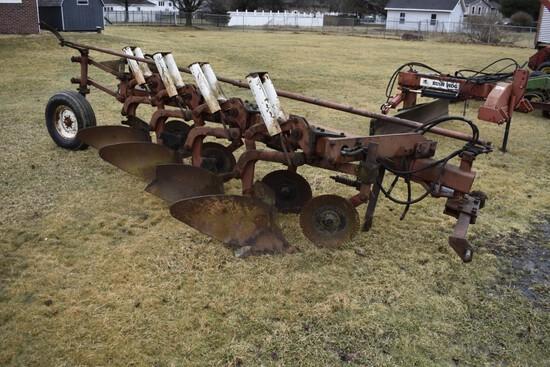International Harvester 710 4 bottom plow