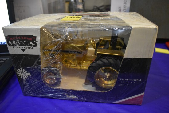 Case 4230 Gold Edition Country Classics Tractor