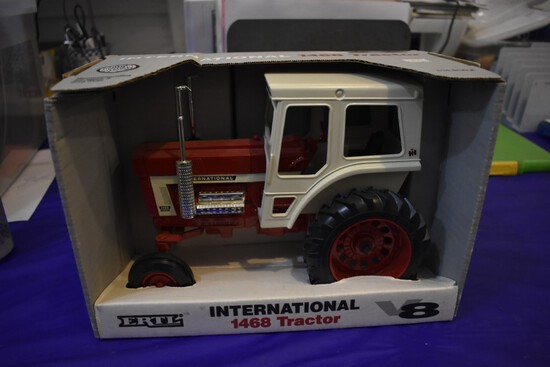 International Farmall 1468 Tractor by Ertl first in the series of 4