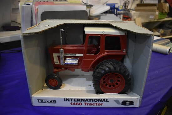 International Farmall 1468 Tractor by Ertl second in series of 4
