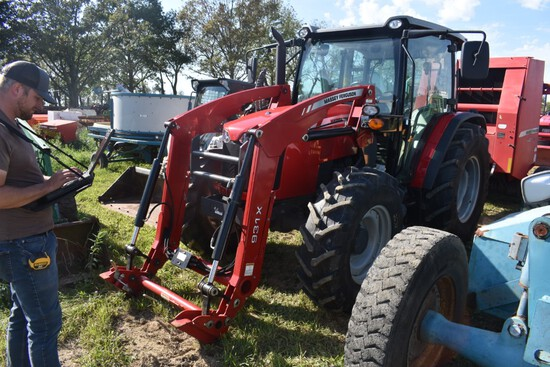 Massey Ferguson 4710 Tractor With Loader