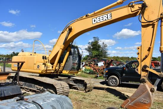 John Deere 200C LC Excavator stock number 45245