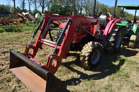 Mahindra 2555 Tractor with Loader stock number 45533