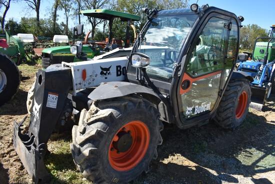 Bobcat V519 Telehandler stock number 45541
