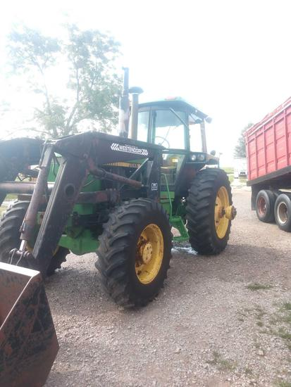 John Deere 4250 tractor with cab. W/ westendorff loader