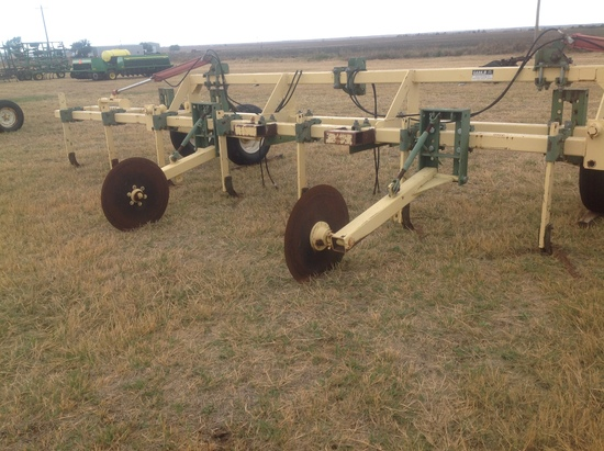 Roll-A-Cone 8 Row 40 Cultivator 2 Bar