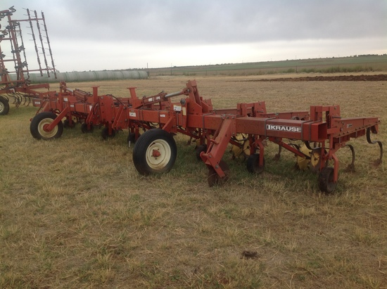 "Krause 4600 8 Row 40"" Cultivator"