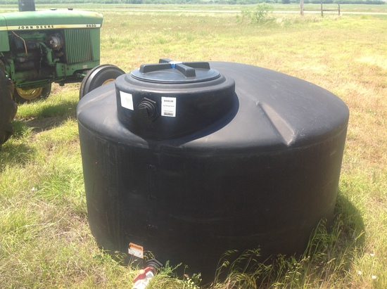 550 Gallon Black Water Tank